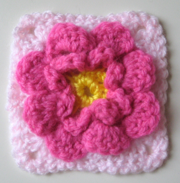 Crocheting Uk : 51 free crochet flower patterns doily doilies granny squares