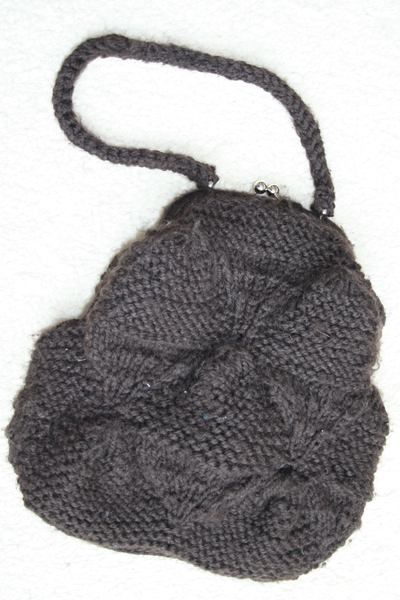 knitted bag Fridays Fab Find: Vintage knitted hand bag