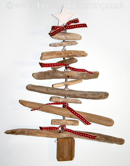 Driftwood christmas tree c driftwood dreaming for How to make a hanging driftwood christmas tree