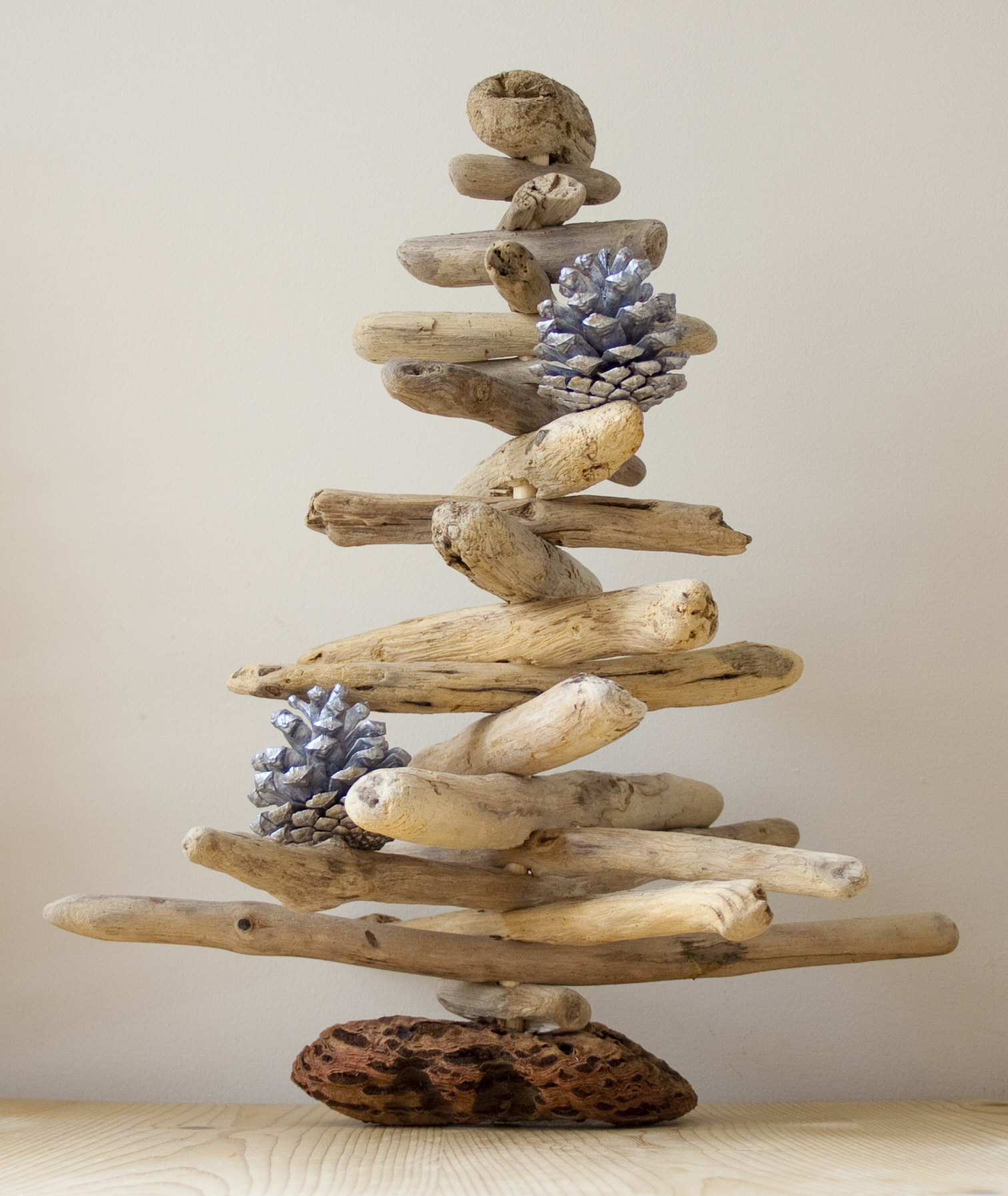 Driftwood Christmas Tree Dreaming